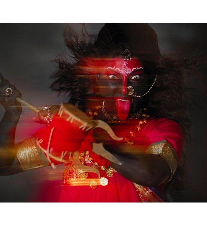 (सप्तमी) Kalratri depicts POWER.  #navratri #godiskind #lifeisgood #tejaswinipandit