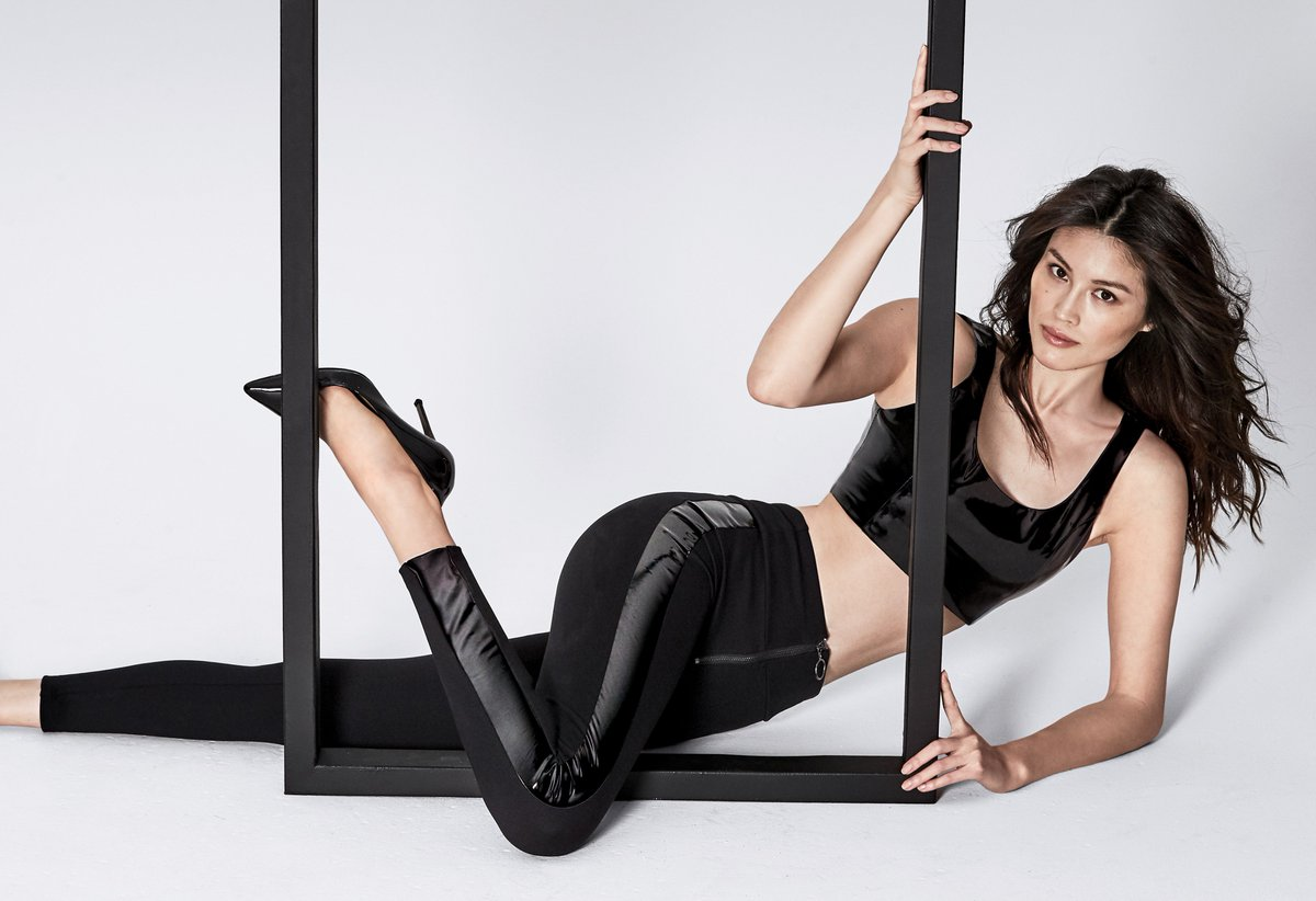 302609bb08d Calzedonia on Twitter: