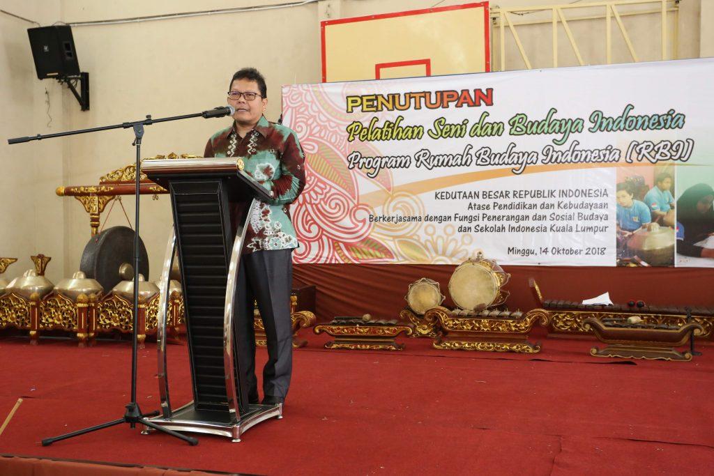 Hasil gambar untuk Fungsi Penerangan Sosial Budaya KBRI Kuala Lumpur, Agung Cahaya Sumirat