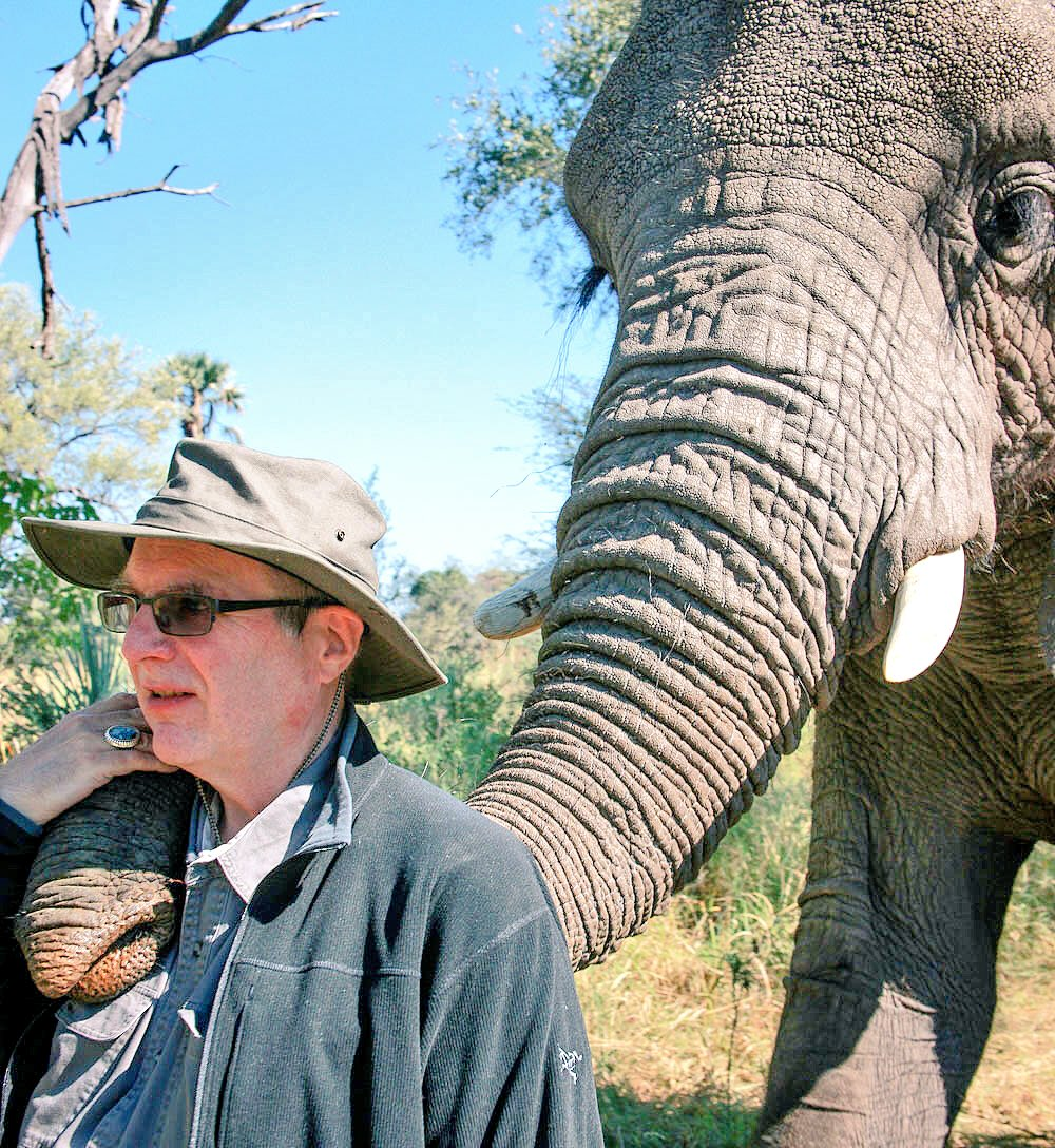 Yesterday our world lost a great conservationist, @PaulGAllen. Through visionary conservation projects (@ElephantsCount) & revolutionary @VulcanFilms (@RacingXtinction), Mr. Allen inspired us to save imperiled wildlife from African elephants to Pacific salmon. He will be missed