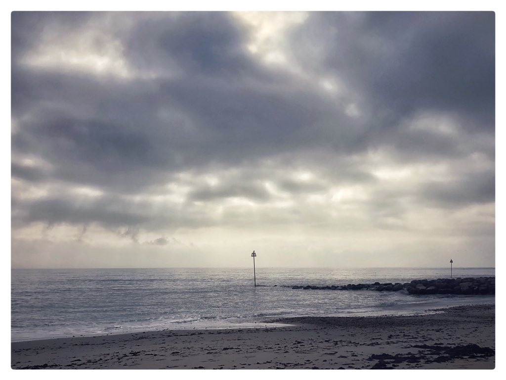 An iphone snap from some coastal wanderings this morning... You can't beat being by the sea. #Christchurch #Dorset #mudefordspit #iphone<br>http://pic.twitter.com/Jx33aout7L