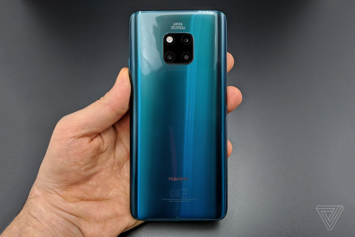 The Huawei Mate 20 Pro can wirelessly charge other devices https://t.co/aZv22qnx2P