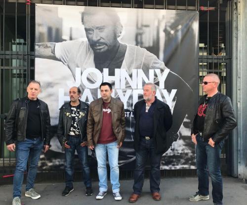 #Boulogne Ce que les fans ont pensé du dernier album de #JohnnyHallyday 🎶   https://t.co/76YHzoVw8V