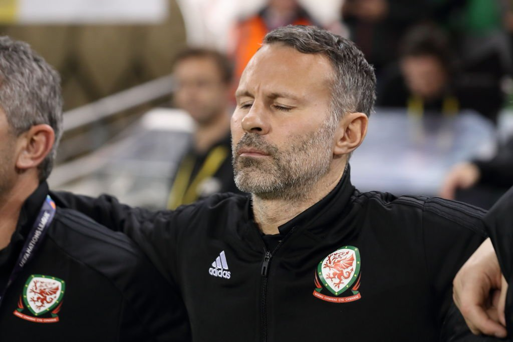 HT Republic of Ireland 0-0 Wales   It's goalless at the break in the #NationsLeague   LIVE: https://t.co/hft1RxNI1s #IRLWAL #bbcfootball