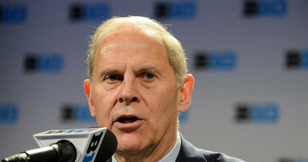 John Beilein brushes off Brian Bowen-Tai Streets allegations #MichiganBasketball   https:// fanly.link/d2548f40f2  &nbsp;  <br>http://pic.twitter.com/CcpZgLtMWK