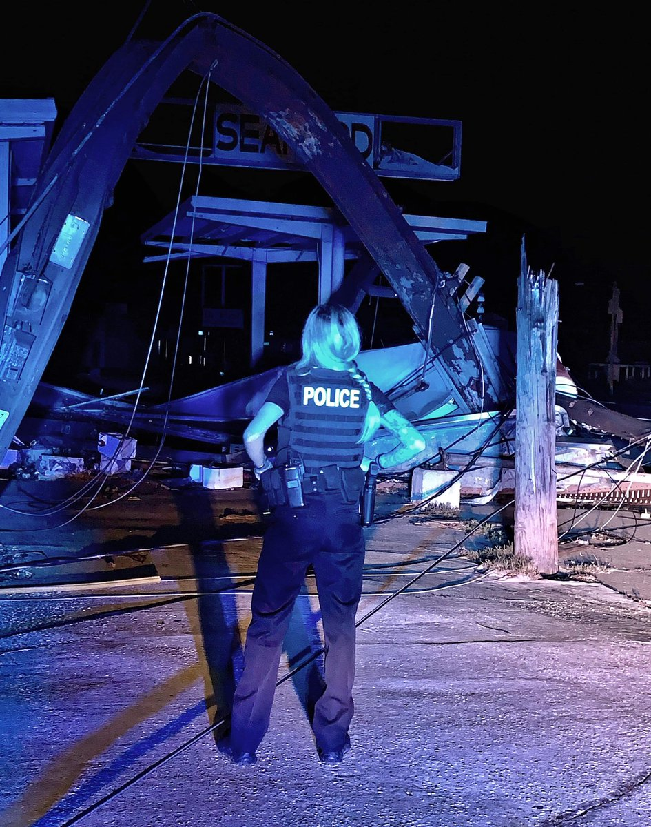 A close friend of mine Officer Victoria Smith works for Panama City PD. She lost her entire home and everything in it due to the hurricane. Her 9 year old son Riley and dog Marley are currently homeless. Any kind of donation will help. Link in my bio! Let's try and help them! TY! <br>http://pic.twitter.com/KkxBTE82AS