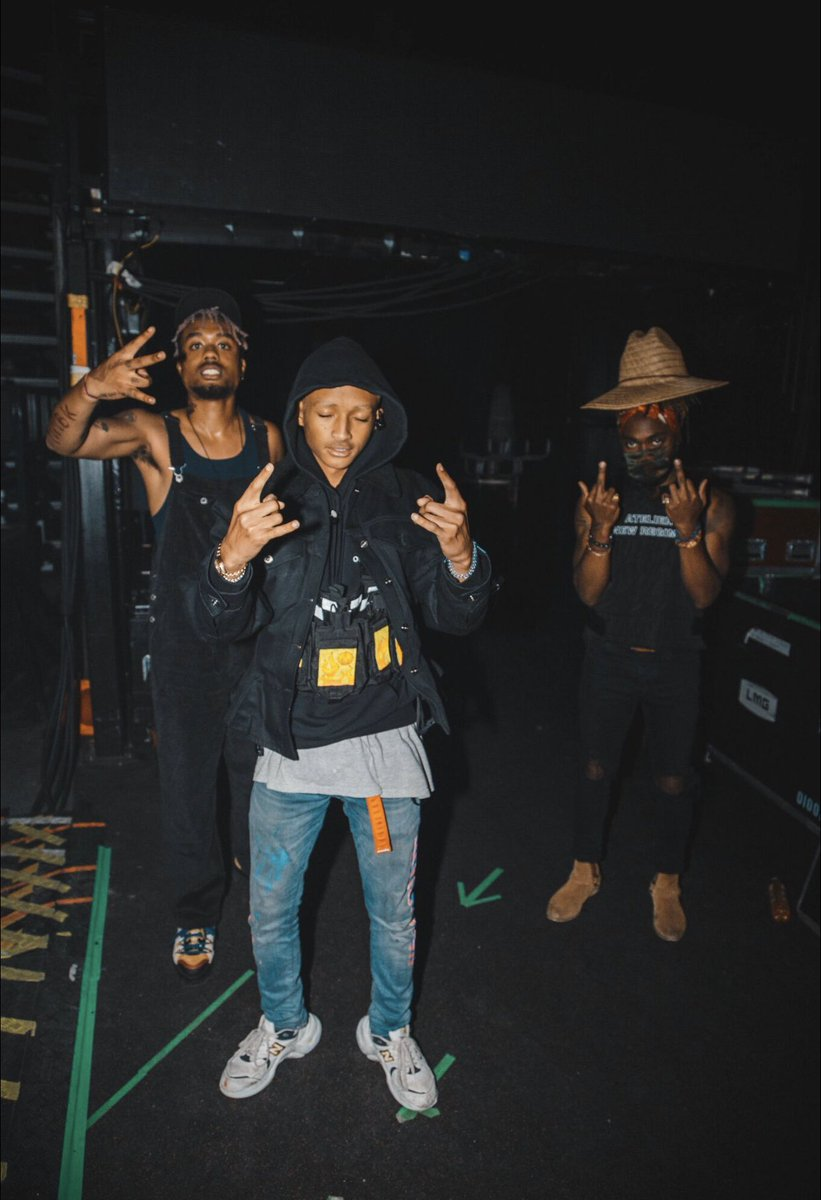 Missing The Boys @EarthGang