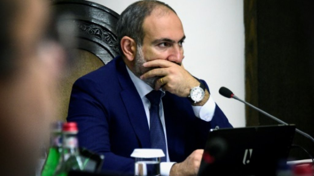 Armenian PM Pashinyan resigns to trigger snap election https://t.co/80fH2BsLo9