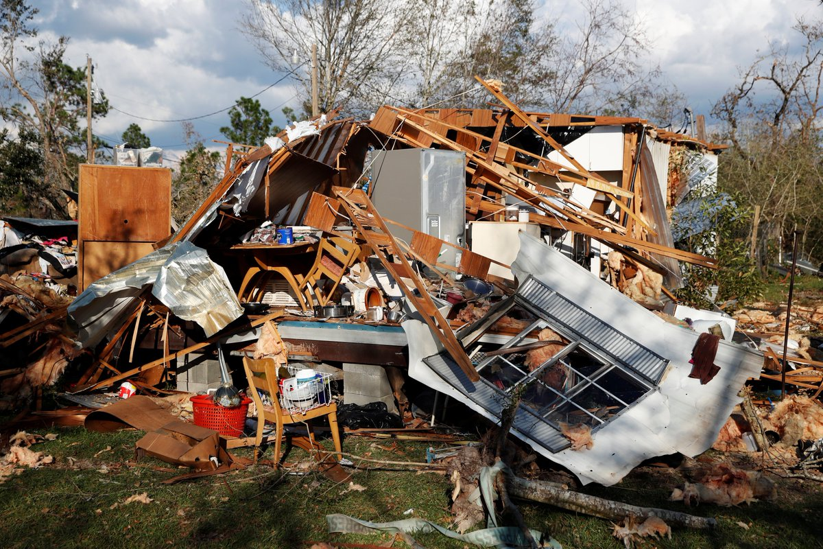 Florida authorities confirmed 10 more deaths from Hurricane Michael, bringing the death toll to 29.   Rescuers are working to make contact with 1,000+ unaccounted people as cellphone service returns. At least 200K people are still without power.