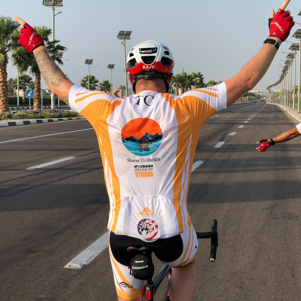 05c2e7d35ff ... Apex Jersey and Bibs in action. Get ready guys very soon we are going  to be introducing our Ambassadors for the 2019  year.pic.twitter.com/wswXKv9mgv