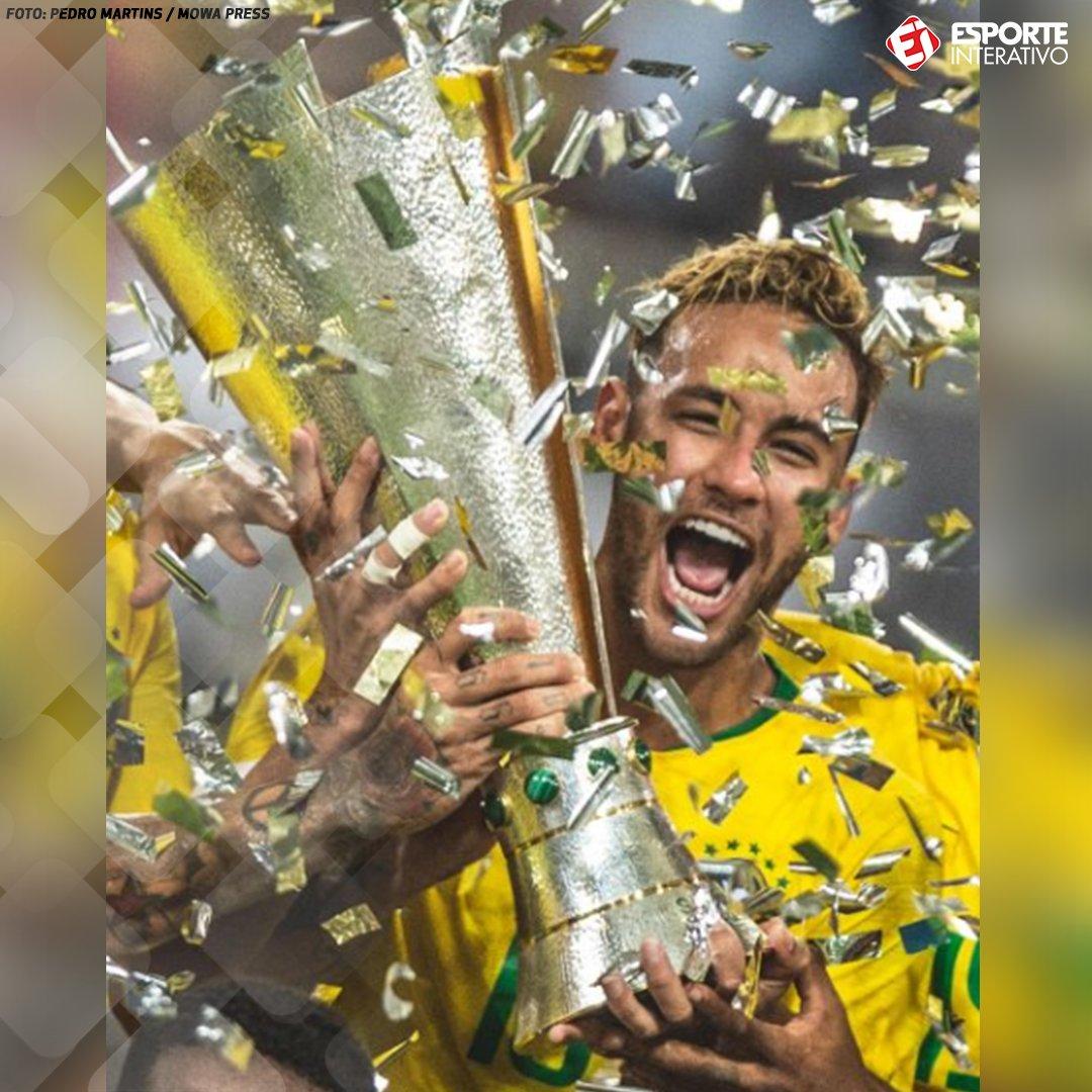 Alô, Argentina! Nem troféu em torneio amistoso você ganha! #SeleçãoBrasileira
