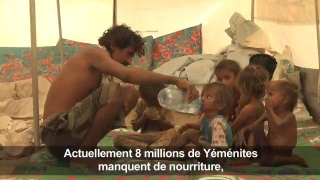 Le Yémen connaît la pire crise humanitaire au monde, selon lONU, qui estime que 3,5 millions de personnes pourraient sajouter aux 8 millions dhabitants qui souffrent déjà du manque de nourriture - la moitié étant des enfants #AFP