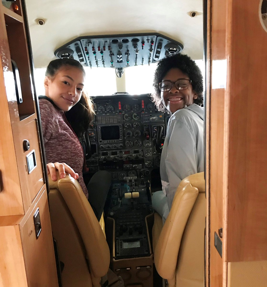 Our Eureka! program continues throughout the school year, with scholars getting together once a month for field trips, college prep, and other timely topics. This past Saturday, Eureka! scholars celebrated Girls in Aviation Day with a trip to Hartford–Brainard Airport. #STEM