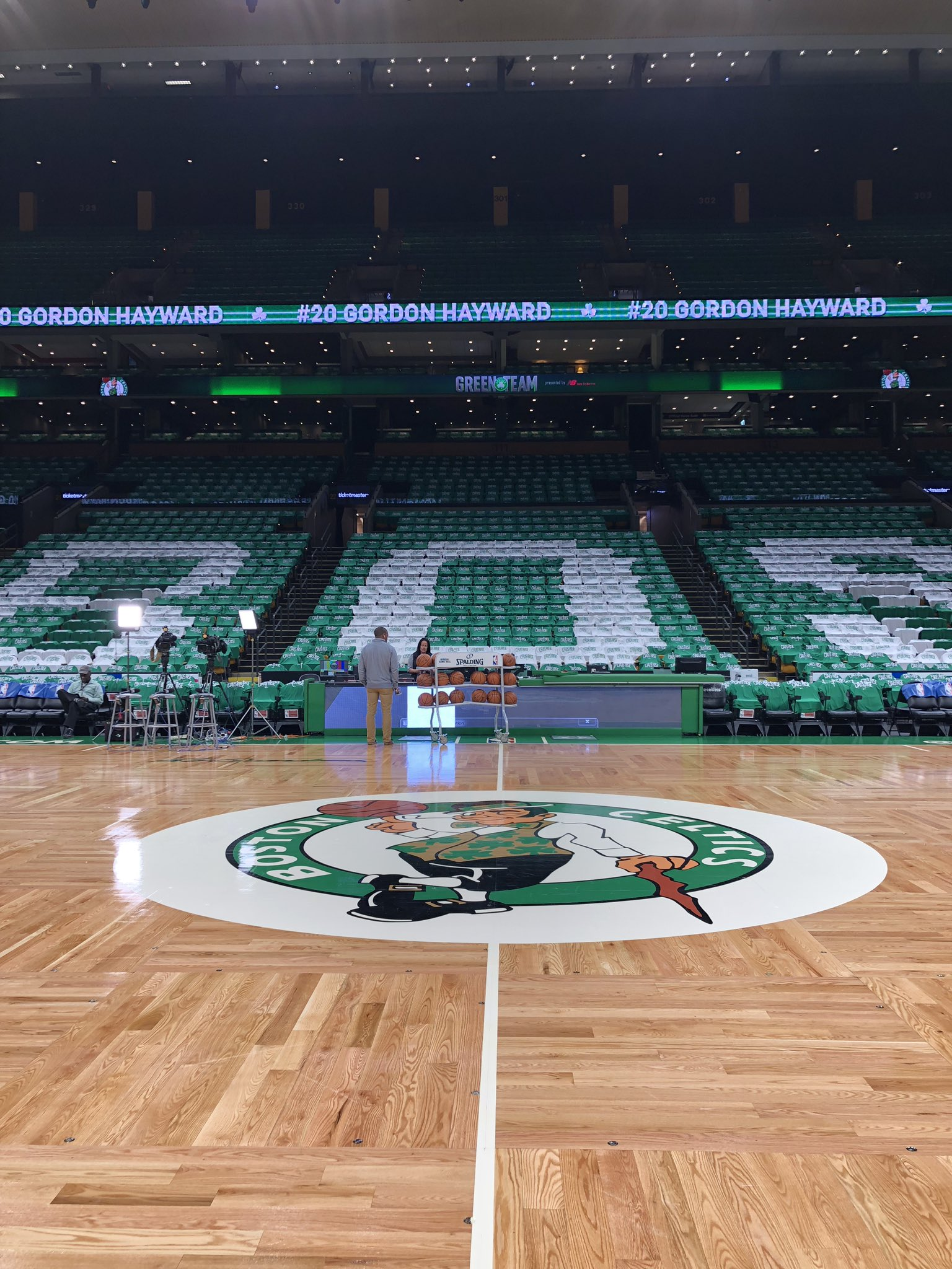 Back in Boston for #KiaTipOff18!  #CUsRise x #HereTheyCome.  ��: 8pm/et @NBAonTNT. https://t.co/SG2XBkiks6