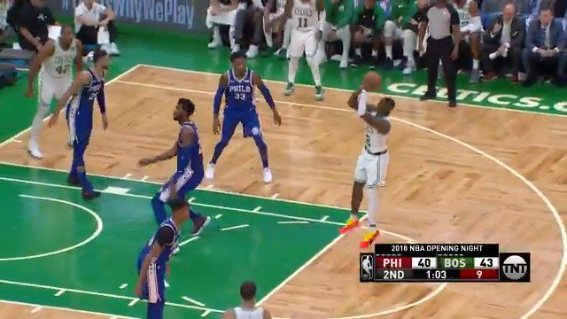 Terry Rozier, smooth with the handle! #KiaTipOff18   #CUsRise @NBAonTNT https://t.co/h9cFEbCjCu