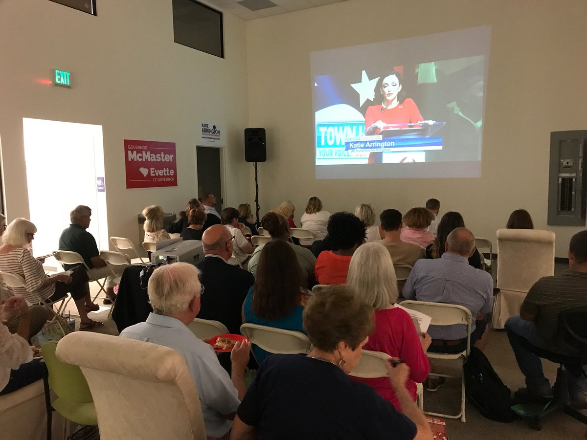 Packed house of lowcountry conservatives watching the #SC01 debate at the Charleston Victory office. These supporters are ready to work everyday to elect future Congresswoman @karringtonsc and the entire @SCGOP ticket. #Victory2018<br>http://pic.twitter.com/l4elJfI2n6