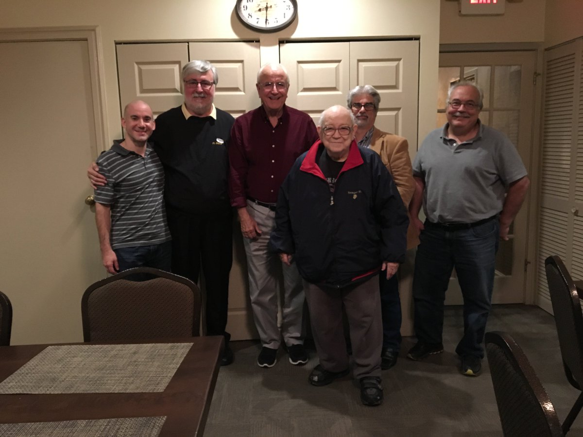 A wonderful group of Orthodox Christian Men came out tonight to deepen their insights into becoming better witnesses to Christ and all His Glory!   - Men&#39;s Support Group meeting at Twin Oaks.<br>http://pic.twitter.com/N7m0AtzTTz