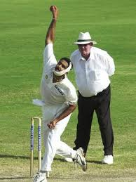 Happy birthday to you Anil kumble i miss your memorable moments