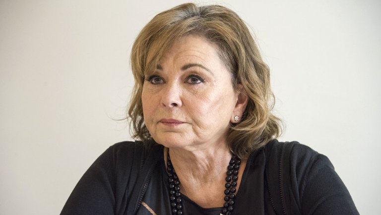 .@therealroseanne rips her character's demise: 'I ain't dead bitches!' https://t.co/R6hboYvaRz https://t.co/vZrmzCymVo