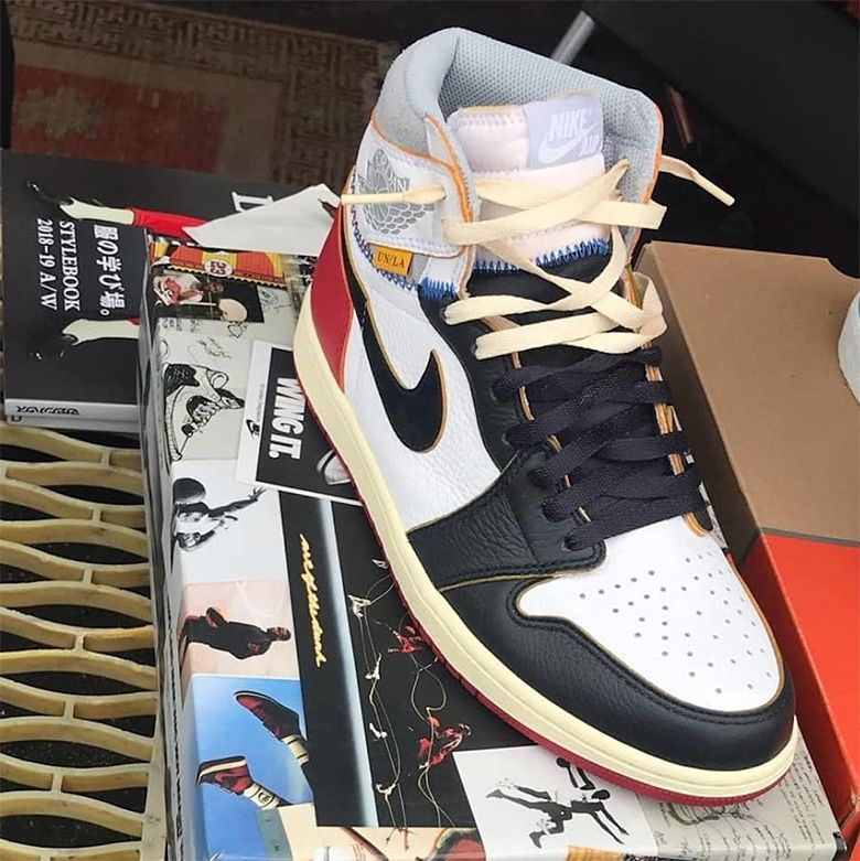 d19f8a9328ac74 First look at the UNION x Air Jordan 1 Retro High OG. Looks like a blend of  the OG Black Toe and White Grey colorways https   snkrne.ws 2QVlXPx ...