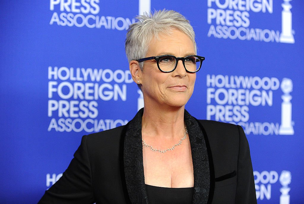 Thrilled for this era of Jamie Lee Curtis, which I like to call Annie Lennox Giving A TED Talk. <br>http://pic.twitter.com/6AwkWi9Pfm