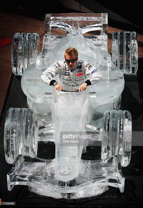 Happy birthday to former man Kimi Raikkonen! Have a good one Iceman!