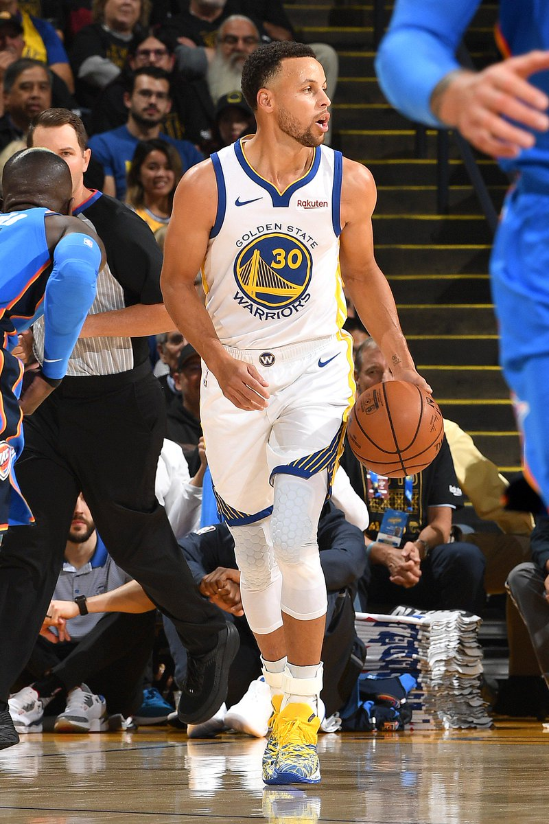 Steph Curry leads all scorers with 19 PTS at the break!  #DubNation 57 | #ThunderUp 47  Kevin Durant: 15 PTS, 4 REB, 4 AST Klay Thompson: 10 PTS Dennis Schroder: 12 PTS, 6 REB Steven Adams: 9 PTS, 5 REB  #KiaTipOff18 on @NBAonTNT