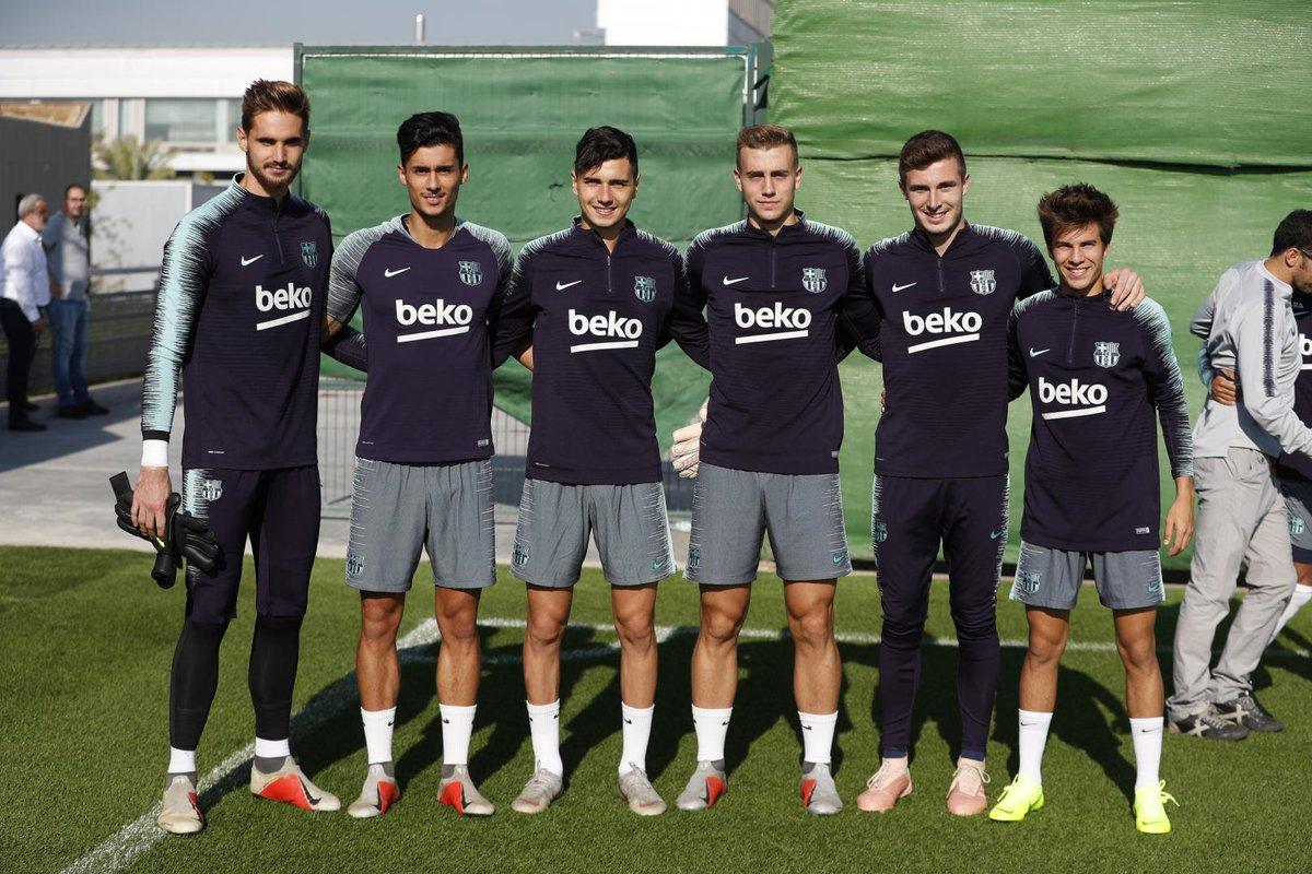 التدريبات متواصلة في برشلونة بانتظار التحاق آخر اللاعبين العائدين من المشاركة في المباريات الدولية مع منتخباتهم الوطنية Dps5cErXgAEYZ_9