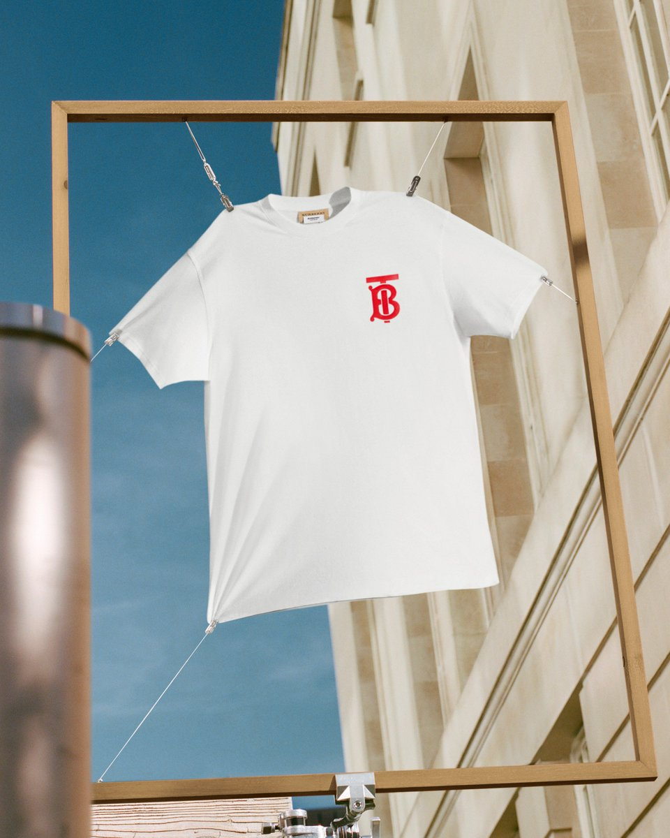 Shop the white #ThomasBurberryMonogram T-shirt and sweatshirt now. Available on Instagram, for 24 hours only #TheBSeries https://t.co/OWrAozLTqb