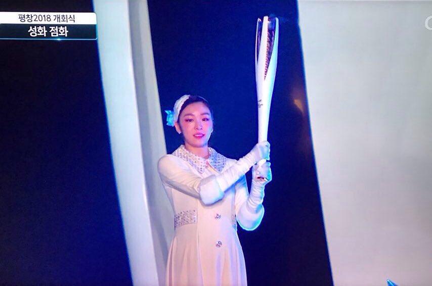 Юна Ким - Страница 5 Dps6i91U4AEDwrO
