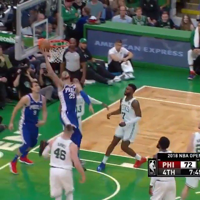 Ben Simmons stuffs the stat sheet with 19 PTS, 15 REB, 8 AST in Boston. #HereTheyCome #KiaTipOff18 https://t.co/wSQCMgIvov
