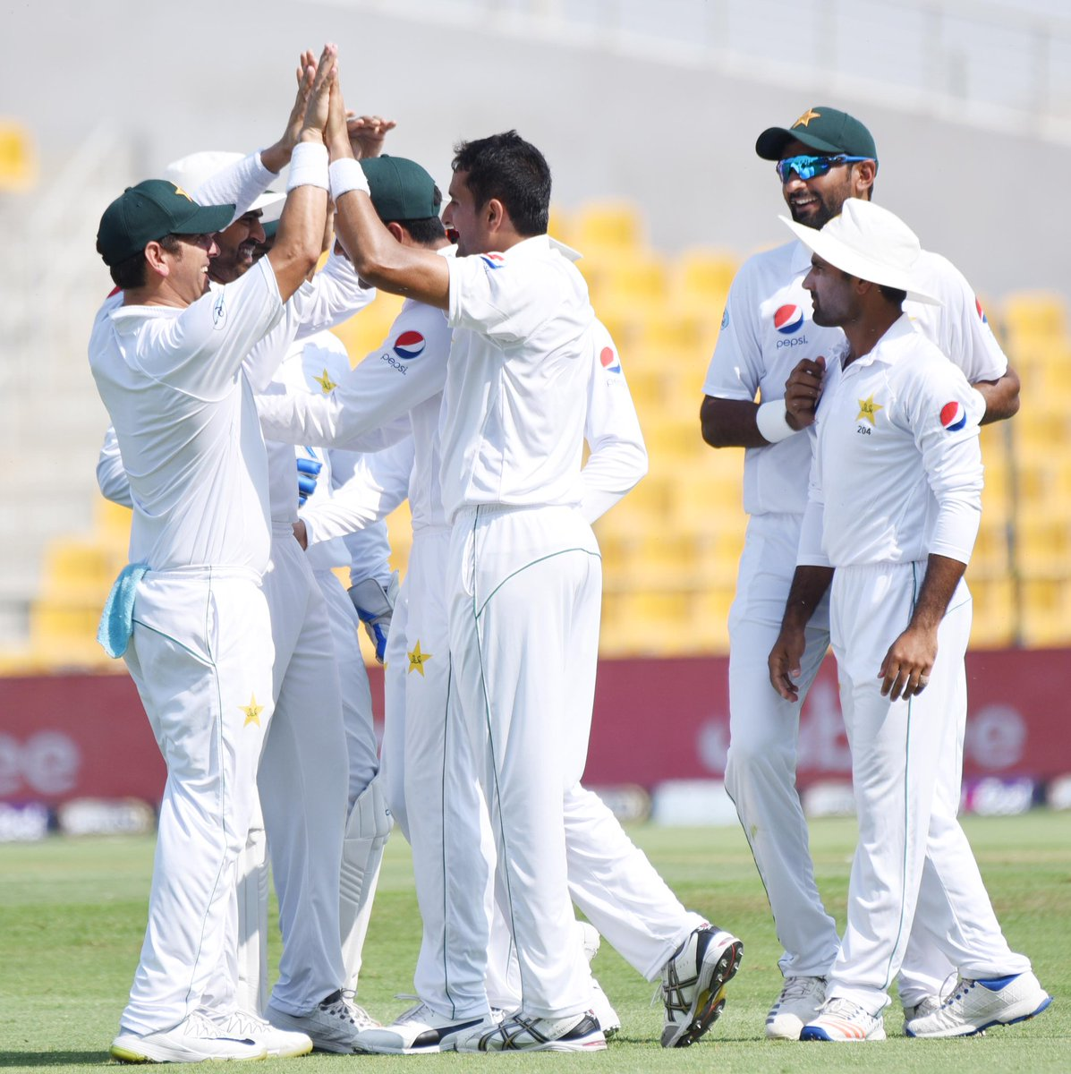 Pakistan Cricket On Twitter Day 2 Tea Break Another Session Dominated By Pakistan Top Order Led By Fakhar Zaman Take The Lead To 188 Pakistan 51 1 11 0 Ov Live Updates Https T Co Ohkluv1tni Pakvaus