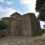 Image for the Tweet beginning: Aquest és el monestir de