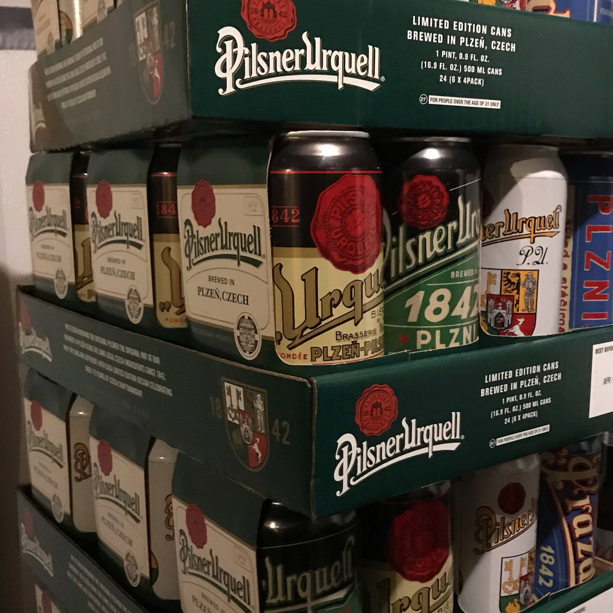 IT'S HERE!! Ever had a beer from Czech Republic? Try it at #Neirs ##FREE #pilsnerurquell #beertasting at 7pm WEDNESDAY 10/17 and #bingo at 8pm! Yes Bingo!  FREE tasting of Czech Republic's national beer #pilsnerurquell   * * * #nyc #queensny #itsinqueens #woodhavennyc #queensnyc