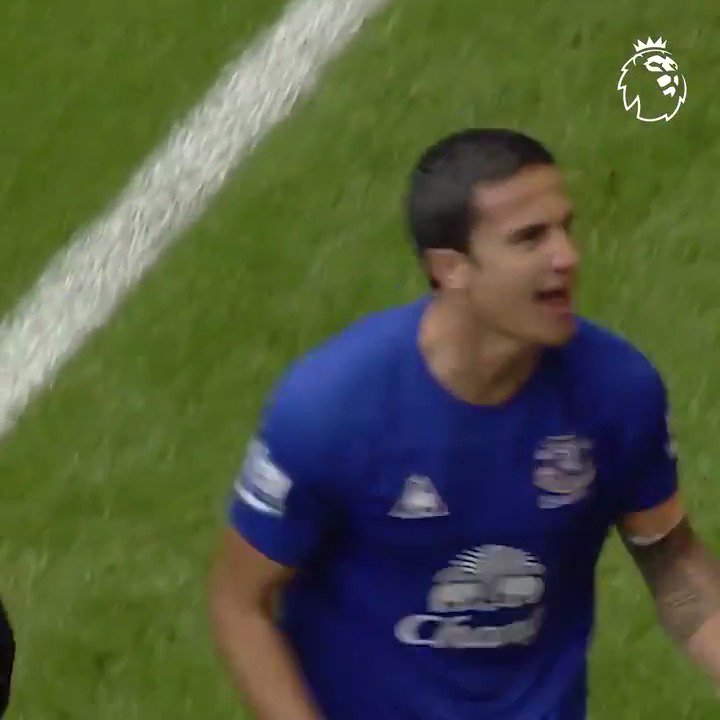 When red came to visit blue, who sent Goodison Park wild with two! Tim Cahill + Mikel Arteta = @Everton in dreamland 🔵 #OnThisDay