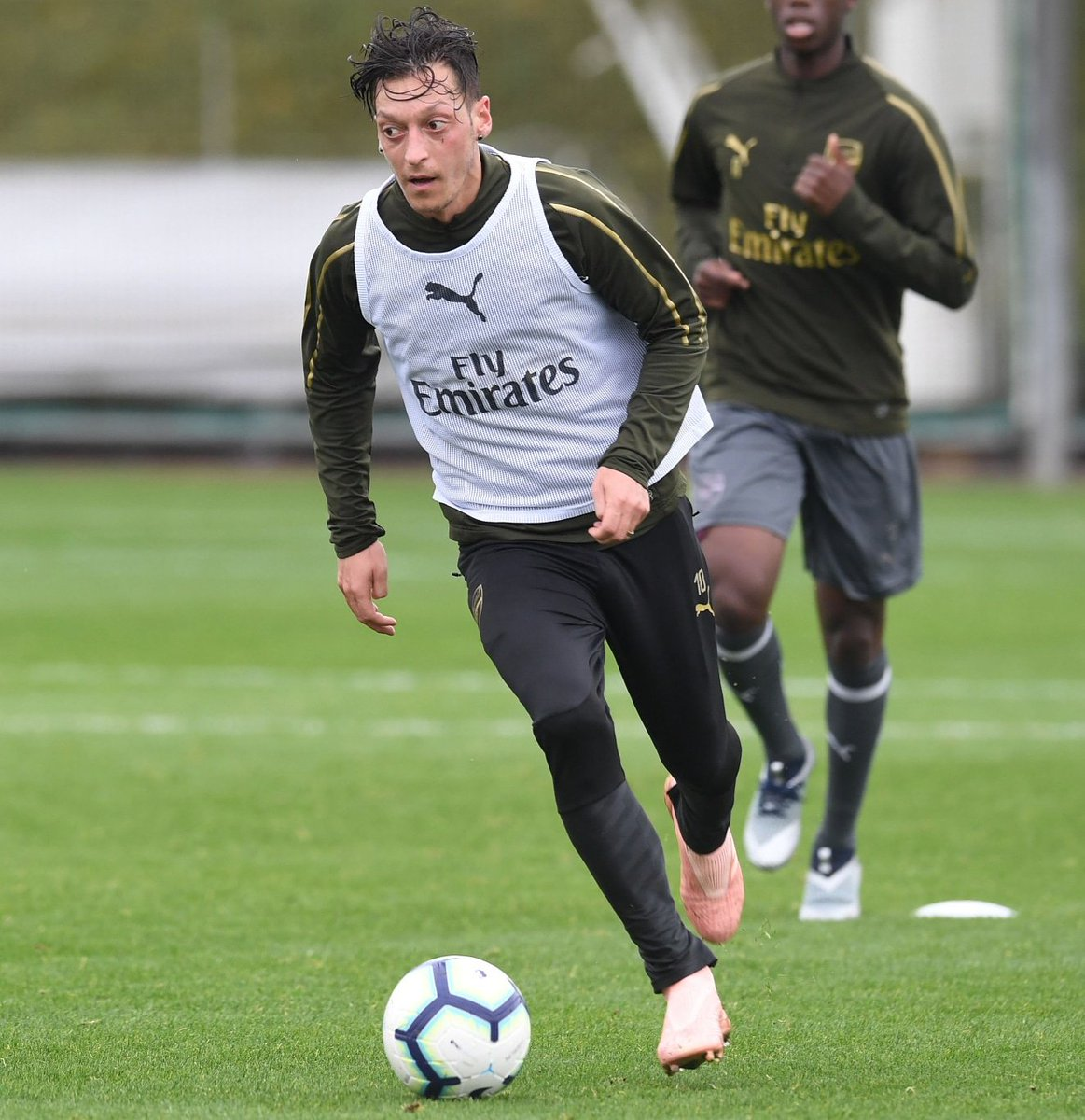 The most important match is always the next one. 🤓⚽ Let's get prepared for Leicester 💥 #YaGunnersYa #M1Ö #COYG @Arsenal