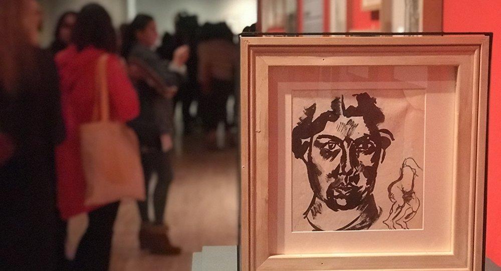 Rus avangardı, İstanbul'da sanatseverlerle buluşuyor sptnkne.ws/jNsd