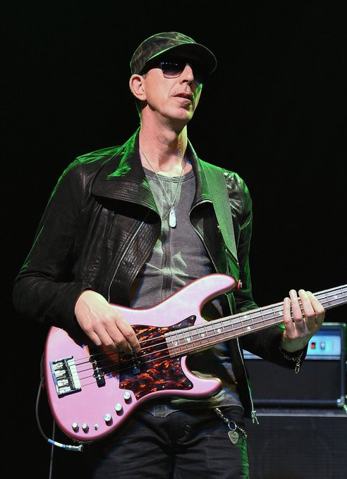 Happy 61st Birthday to the King of Groove , Pino Palladino