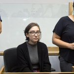 Lara Alqasem, the 22-year-old Palestinian-American graduate student stuck in a holding cell at Ben Gurion Airport since she arrived in Israel on Oct 2, appeared for her first hearing before the Israeli High Court on Wed morning to appeal her deportation. https://t.co/xNRlFRwPYp