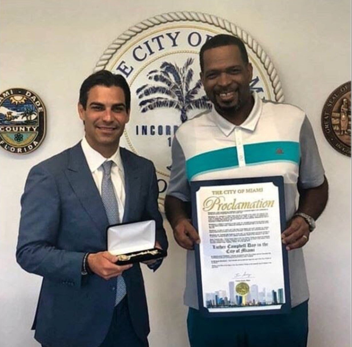 Mayor Francis Suarez Awards Uncle Luke A Key to Miami: https://t.co/eJDwQE0DgO https://t.co/kf8OxwyJcT