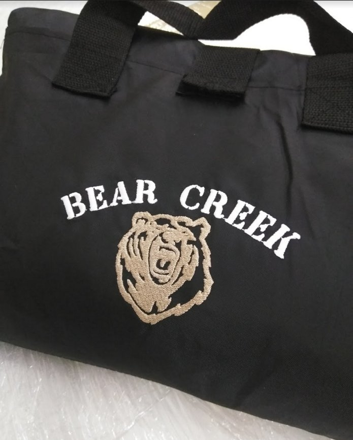 76cb24619022  Embroider your company logo on  fleeceblankets. Perfect for event   giveaways or  holiday  gifts for your staff or  friends.pic.twitter.com B9670TGM6D