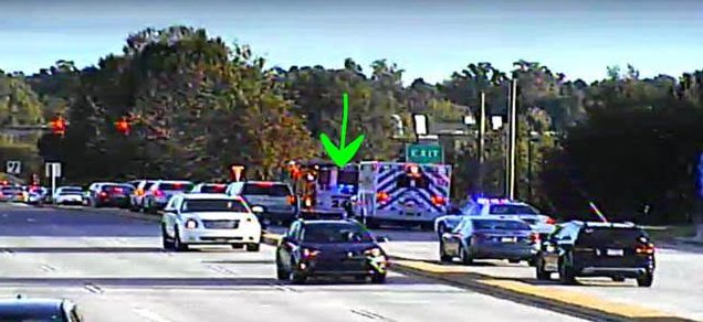 ►►Rea Rd SB at I-485 the RIGHT lane is blocked by this wreck with injuries #Charlotte #CltTraffic #Clt<br>http://pic.twitter.com/ZvfusFfdKn