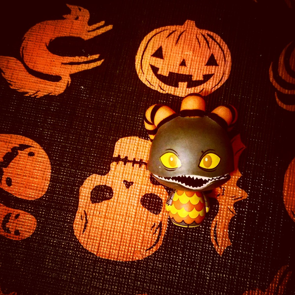 @OriginalFunko Someone was trying to blend into the table cloth! #PSHHappyHour