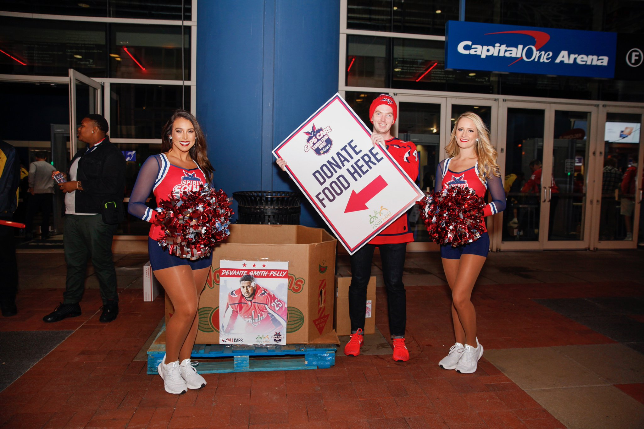Thanks to everyone who donated food tonight! @GiantFood @foodbankmetrodc   #ALLCAPS #CapsCare https://t.co/nbGKGQSH13