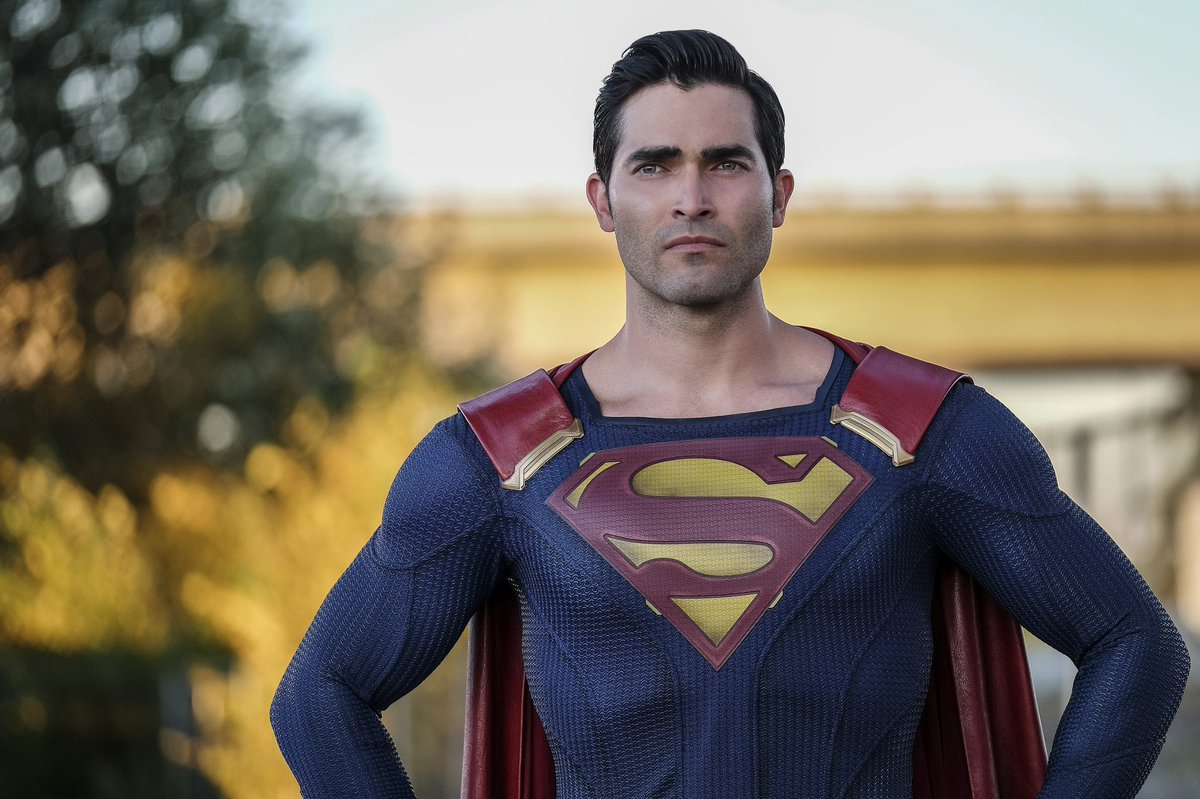 WB and The CW are rumored to be developing a 'SUPERMAN' TV Series. (Source: @FandomWire)<br>http://pic.twitter.com/bkoxGUBwmm