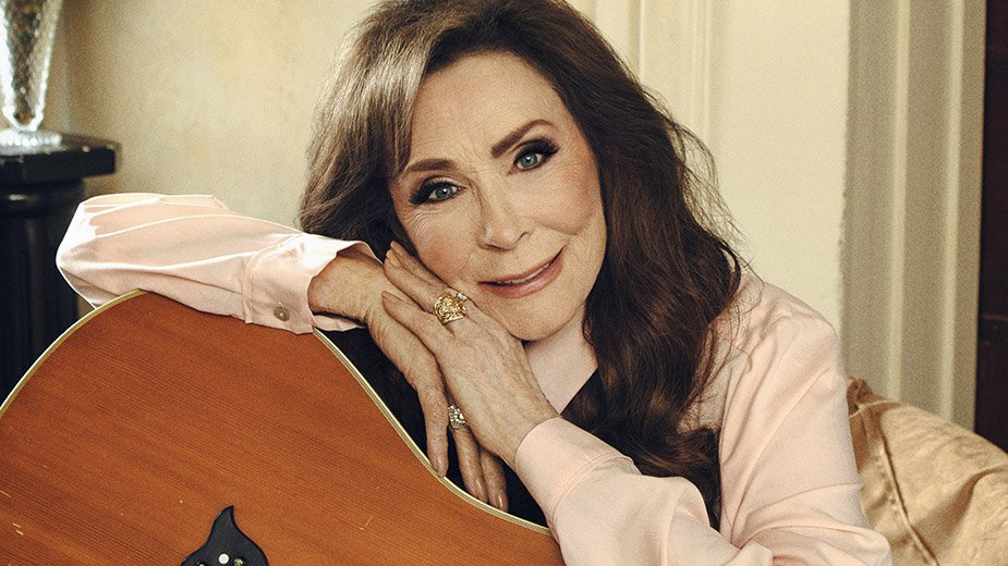 &quot;She&#39;s been my cheerleader, my sister and my best friend... It&#39;s my honor to accept her award.&quot; - Sissy Spacek   Congrats, @LorettaLynn on being the 2018 CMT Artist of a Lifetime. #CMTAOTY<br>http://pic.twitter.com/qBfPnbBrDI