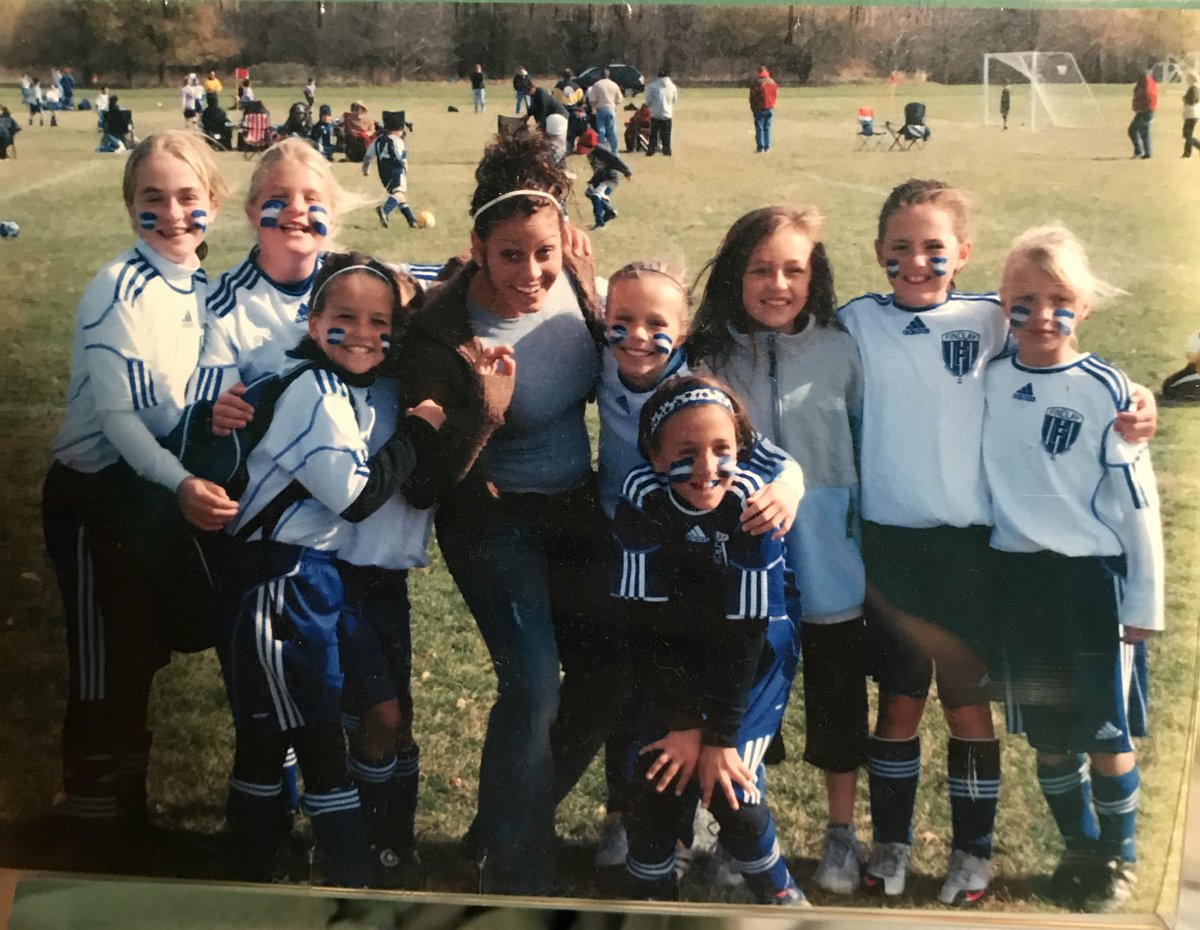 It's finally hitting me that I will never play on Elmer Graham again w the girls that have been my sisters since we were 9, what a ride <br>http://pic.twitter.com/rmJmKp5yQD