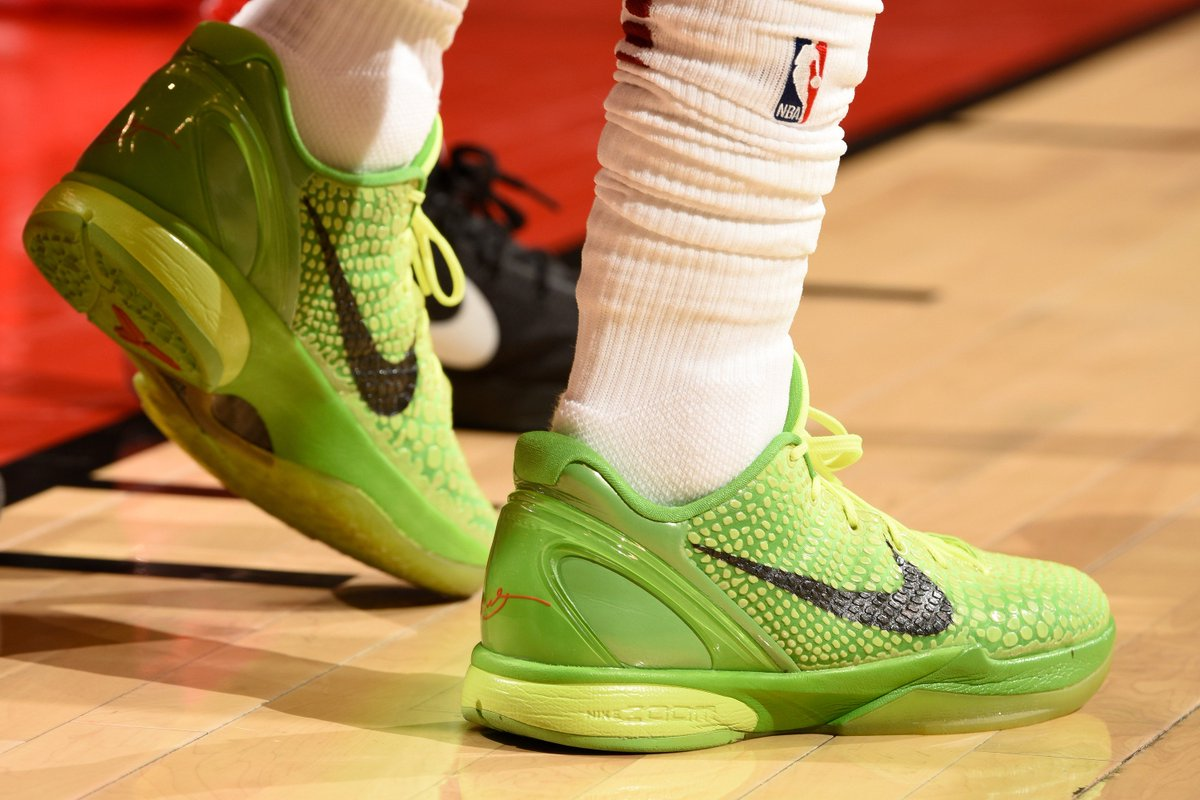73a124bbe b r kicks x nba nightly pj tucker goes with kobe 1 clarkson with the grinch  6