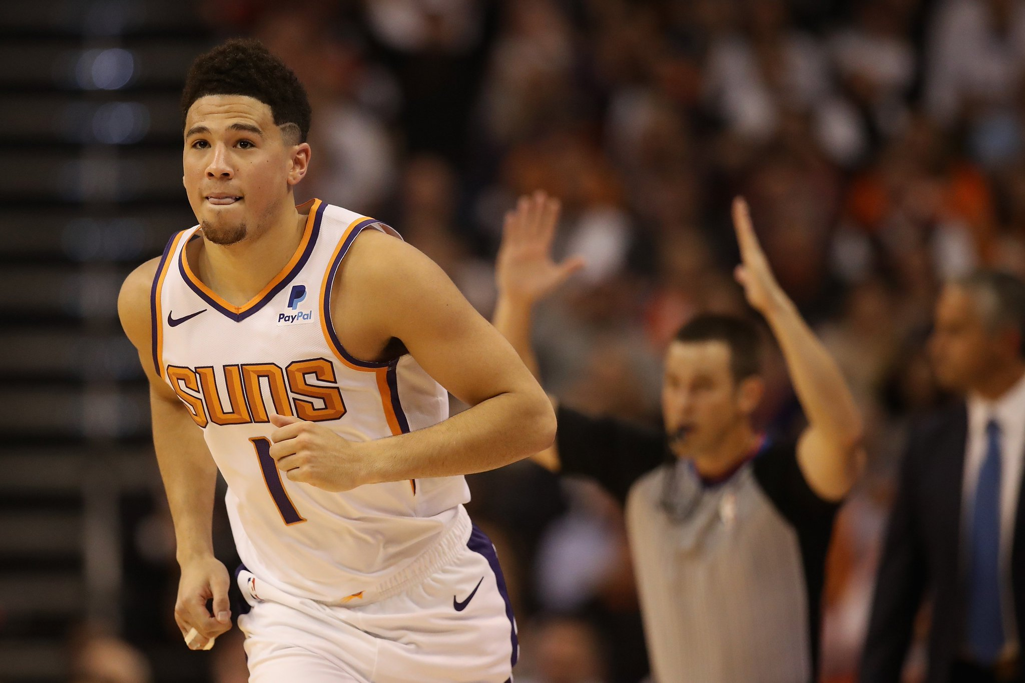 .@DevinBook took over the 4Q ��  35 PTS | 7 AST https://t.co/pNgcPy3Lm1
