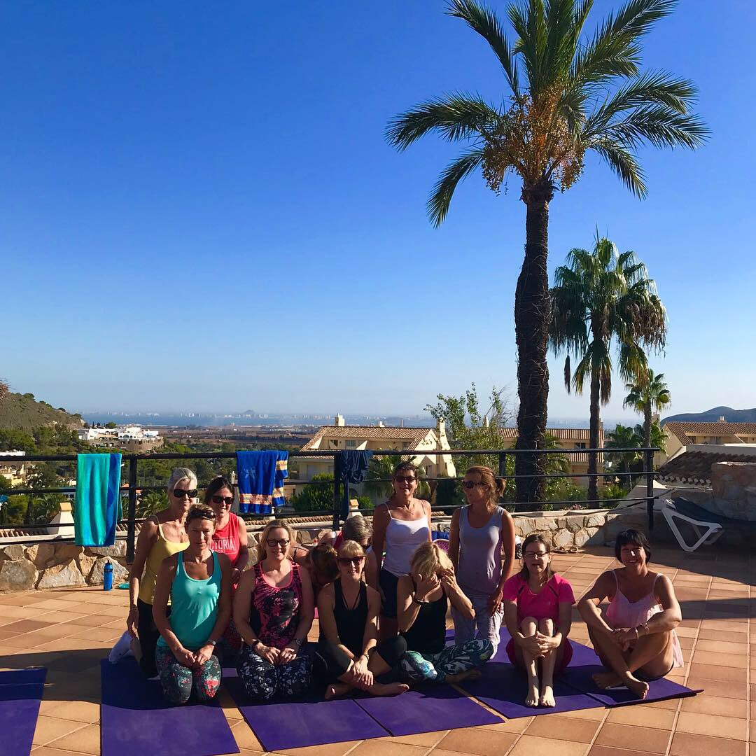 I had a wonderful time teaching this amazing group of women @LaMangaClub I taught a blend of Pilates and Yoga to compliment their tennis training. #Tennis #LaMangaYoga #TennisTraining
